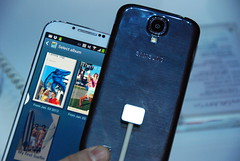 samsung smartphone galaxys4 (Photo: pestoverde on Flickr)