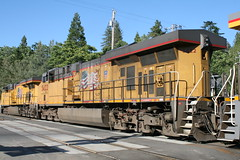 Union Pacific #5422 (GE C45ACCTE) in Colfax, CA (CaliforniaRailfan101 Photography) Tags: up amtrak unionpacific priority ge freight bnsf reefer manifest emd californiazephyr burlingtonnorthernsantafe dash9 dpu es44dc gevo sd70m amtk c449w stacktrain sd70ace es44ac colfaxca c45accte p42dc trackagerights es44c4 tietrain sd59mx unitreefer zdlsk