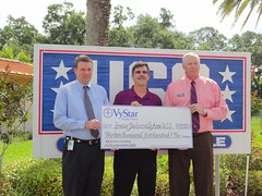 VYSTAR CREDIT UNION DONATES TO JAX AREA USO