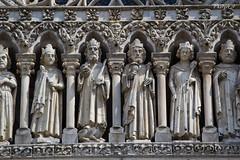 DAY 51 - Trip to Amiens (Lara Braghetti) Tags: travel people france church architecture canon photo cathedral gothic chiesa explore francia viaggi amiens viaggio architettura eglise cattedrale gotico explora