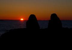 Un coucher de soleil au Bic (Indydan) Tags: sunset orange sun canon catchycolors soleil quebec coucher québec 7d coucherdesoleil bic rimouski sepaq parcnationaldubic lebic 2013 basstlaurent canonefs1785isusm cans2s parcsquébec canoneos7d