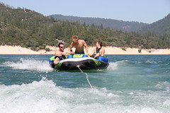 lake_oroville_june13 (38) (KrystianaBrzuza) Tags: summer lake houseboat boating pontoon oroville onthewater lakeoroville