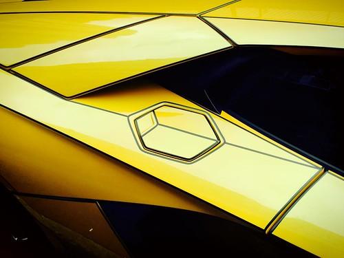 Lamborghini Aventador Tron Style в виниле от Impressive Wrap