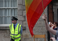 Rainbow & Guard: Marriage Referendum: In The Upper Yard, Dublin Castle (Skyroad) Tags: