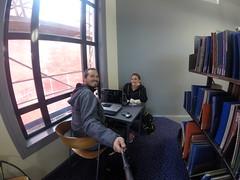 Photo de 14h - En train de blogger à la bibliothèque de Wellington  (Nouvelle-Zélande) - 14.05.2014