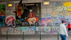 Mona Lisa (KristavdH) Tags: city brussels graffiti lisa mona brussel