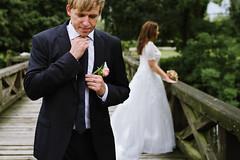 _LTI2070 (timpelan-photography) Tags: hochzeitsfotografie braut brautkleid schlips krawatte brutigam brautstraus brcke hochzeitsfotofraf leipzig gifhorn timpelan