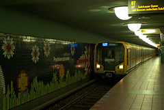 BVG U-Bahn U 7 Paulsternstrae (rieblinga) Tags: bvg berlin u7 ubahn paulsternstrase 2016
