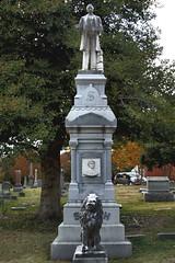 MONUMENT OF JASPER NEWTON SMITH (midge3426) Tags: elmwoodcemetery ruralcemetery gardencemetery memphiscemetery historiccemetery memphishistoriccemetery memphishistory historicmemphs shelbycountyhistory memphistennessee jaspernewtonsmith cenotaph