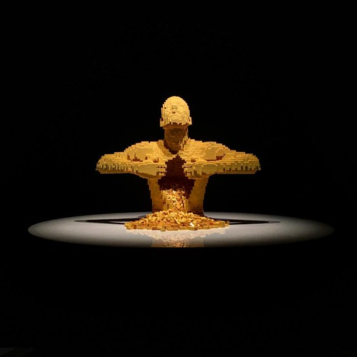 The Art of the Brick exhibition by Nathan Sawaya in Rio de Janeiro - amazing art! Well worth the visit!