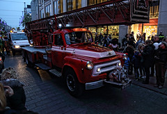 Fire truck (Jan Kranendonk) Tags: firebrigade car street thehague denhaag holland old vintage red auto brandweerauto ladder people festival intocht sinterklaas dutch truck fire