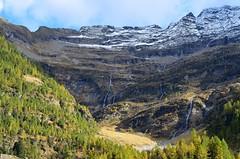 Alpe di Sceng (dino_x) Tags: panorama landscape mountains alpi alps switzerland lago lake water acqua montagna allaperto nature riflessi reflections paesaggio roccia neve ghiaccio autumn autunno cascata fall