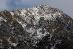 Veli (lincerosso) Tags: montagna mountains paesaggiomontano prealpi alpago montemesser autunno neve snow bellezza armonia forme veli