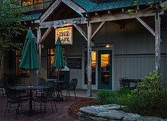 Cozy Cafe (Alfredk) Tags: landscape maine freeport alfredk 1912cafe