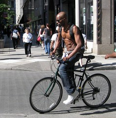 IMG_9975 (ViewFromTheStreet) Tags: street shirtless man male guy classic philadelphia bike bicycle photography calle amazing unitedstates pennsylvania candid bald streetphotography pack six broad abs blick sixpack allrightsreserved broadstreet 6pack abdomen viewfromthestreet stphotographia vftsviewfromthestreet blickcalle copyright2013 blickcallevfts ©copyright2013blickcalle ©blickcallevfts