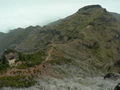 Mountain Path, Madeira (uempe (only sporadically here)) Tags: mountain mountains portugal nature berg rock digital landscape photo europa europe foto path natur panasonic trail fels landschaft madeira weg felsen gebirge pfad picoruivo 2013 picodoarieiro panasoniclumixdmcfz7