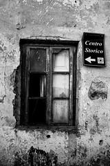 IMG_5432 (Il Moranda) Tags: window town centro finestra paese capoliveri