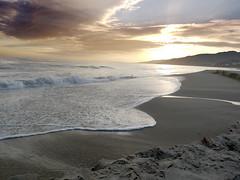 spume. (Laura) Tags: california santa sunset sky beach santamonica monica santamonicabeach willrogers