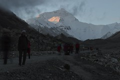 """Everest at dawn • <a style=""""font-size:0.8em;"""" href=""""http://www.flickr.com/photos/95544223@N05/9974376254/"""" target=""""_blank"""">View on Flickr</a>"""