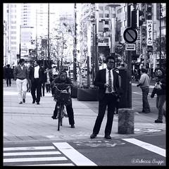 Waiting (DameBoudicca) Tags: japan tokyo 日本 nippon 東京 shiba japon giappone nihon tokio japón 芝 東京都港区 mygearandme