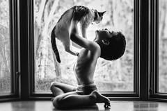 Rosenberg-Ana_bestfriends3 (Ana~Rosenberg) Tags: window lensbaby nikon child lola kitty connection bestfriends seeinanewway composerpro edge80 littledoglaughednoiretblancet