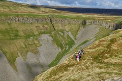 Walkers looking into the U-shaped valley of High Cup Nick on the Pennine Way in Cumbria (neilsimpson515) Tags: highcupnick cumbria geology ushapedvalley glacial dolerite sill whinsill nikon nikond800e nikon2470 doleritesill