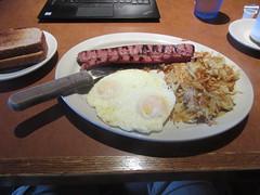 Eggs and grilled pork sausage (cohodas208c) Tags: breakfast restaurant oakcreek brandedsteer sausage eggs hashbrowns