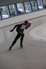 A37W0405 (rieshug 1) Tags: speedskating schaatsen eisschnelllauf skating nkjunioren knsb nkjuniorenallroundafstanden afstanden allround 50010001500massstart demeent alkmaar sportcomplexdemeent juniorenb ladies dames 3000m