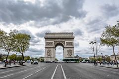 Arc De triomphe, Paris (Michael_1984) Tags: arc de triomphe paris arcdetriomphe road traffic france city europe