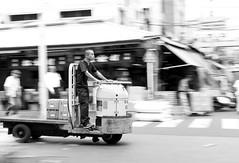 Asakusa Racer (Astarotte73) Tags: tokyo giappone japan asakusa tsukiji mercatodelpesce fishmarket panning biancoenero blackwhite cart carrello workman operaio fisherman work lavoro