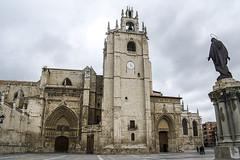 Catedral de Palencia, fachada sur y torre (ipomar47) Tags: arquitectura architecture catedral cathedral basilica san antolin catedraldepalencia catedraldesanantolin belladesconocida gotico gothic palencia espaa spain pentax k20d