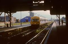 101 652 Lowestoft 29th June 91. (54A South dock) Tags: 101 652 lowestoft 1991