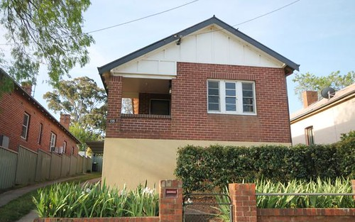 135 Nasmyth Street, Young NSW 2594