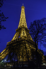 Eiffel Tower (Bernai Velarde-Light Seeker) Tags: eiffeltower torre eiffel francia paris europe europa bernai velarde nightpicture noche