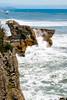 Olas rompiendo en las pancake rocks (Andrés Guerrero) Tags: agua airelibre beach coast costa mar newzealand nuevazelanda oceanía olas playa rocas rocks sea shore water waves westcoast