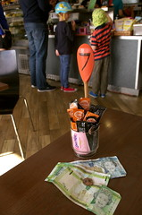 Number 7 (Cross Duck) Tags: sthelier channelislands jersey cafe woodenspoon jerseycurrency poundnote cash money