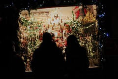 dreams (frankieleon) Tags: christkindlmarket season holday windowdisplay dreams wish wishes dreaming want desire christmas holiday spree store buying purchase money spend spending holidayspending xmas couple man woman husband wife people silhouette europe european christmasmarkets market