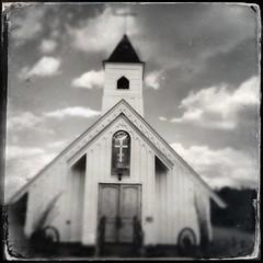 Elvis Presley Memorial Chapel (~ Lone Wadi Archives ~) Tags: iphoneography church houseofworship americansouthwest elvispresley monochrome apachejunctionarizona roadside hipstamatic