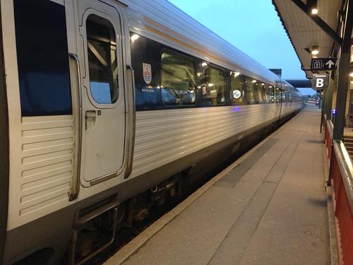 IC 3 tog klar til afgang på Næstved Station .