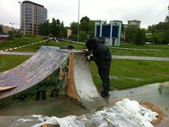 SOS crew examining the damage caused by the rain. (burn // burn Studios) Tags: poland save spot burn rune glifberg