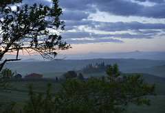6:16 - la luce dell'est (* onda *) Tags: italy tuscany valdorcia wonderfulmorning