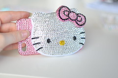 Hello Kitty_3 (Ulricke Alette) Tags: pink mirror shiny handmade hellokitty craft blingbling case sanrio homemade cover bow crafty deco rhinestone rhinestones phonecover hardcover phonecase hardcase decoden phone4 compactmirro