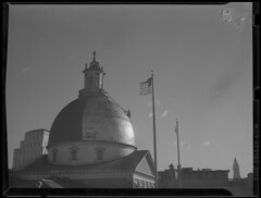 State House dome being painted over (Boston Public Library) Tags: worldwarii civildefense domes beaconhill capitols massachusettsstatehouse lesliejones