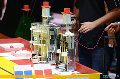 "Coupe de France de Robotique 2013 • <a style=""font-size:0.8em;"" href=""http://www.flickr.com/photos/39203065@N06/8787222182/"" target=""_blank"">View on Flickr</a>"
