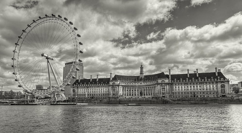The London Eye & County Hall