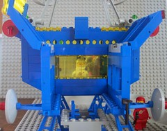 Inter-Galactic Command Base Rocket House Viewfield (Canticleer Blues) Tags: classic mod lego space rocket base command intergalactic 6971