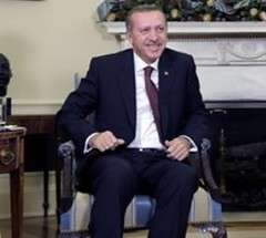 President Barack Obama meets with Turkish Prime Minister Recep Tayyip Erdogan in the Oval Office of the White House in Washington, Monday, Dec.  7, 2009. (AP Photo/Susan Walsh) (bulgeluver) Tags: prime turkish minister bulge erdogan recep tayyip bulto