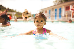 Sophia Swimming (JMSF415) Tags: family water pool girl face swimming dof personal bokeh naturallight sophia nikkor50mm14 nikond3 jmsf415 jorgemorenophotography jorgemorenojrphotography