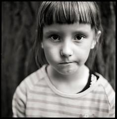 Zofia (byfer / Fernando Ocaa) Tags: portrait bw 120 film mediumformat retrato poland ring hasselblad planar 80mm 500cm selfdeveloped ilfordfp4 medioformato