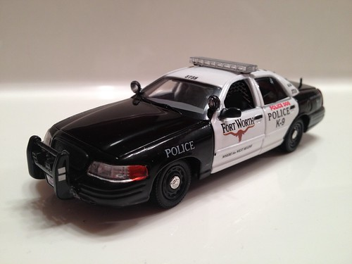 Fort Worth Police, TX Ford Crown Vic, 1/43 First Response